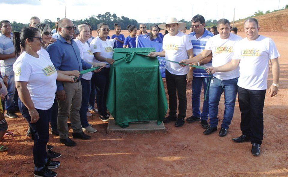 Lançamento de Pedra Fundamental da Escola em Belo Monte